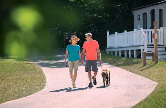Dog-Friendly Holiday Parks UK   Hoburne Holidays