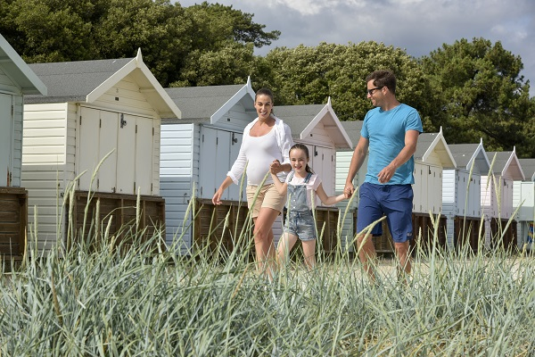 Holiday parks in dorset family holidays in dorset - Campsites in dorset with swimming pools ...